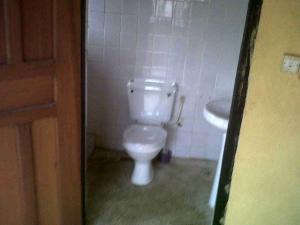 1 bedroom mini flat  Self Contain Flat / Apartment for rent Off Toyin St Ikeja. Lagos Mainland  Toyin street Ikeja Lagos