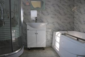 4 bedroom Semi Detached Duplex House for sale Very Close to LBS Lekki Lagos