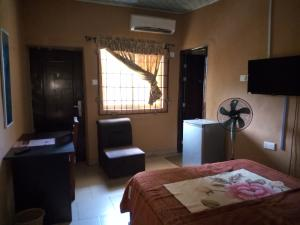 1 bedroom mini flat  Self Contain Flat / Apartment for rent Off Oshuntokun street bodija ibadan Bodija Ibadan Oyo