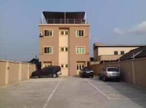 3 bedroom Flat / Apartment for rent Off Apapa Road Costain Alaka/Iponri Surulere Lagos