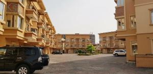 4 bedroom Terraced Duplex House for rent Ihuntanyi st ONIRU Victoria Island Lagos