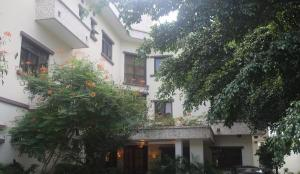 10 bedroom Hotel/Guest House Commercial Property for sale Osborne phase 2 Ikoyi Lagos - 0