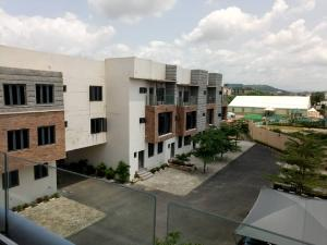 4 bedroom House for sale Just after Gilmor junction Guzape Abuja
