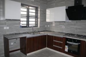 5 bedroom Terraced Duplex House for rent ONIRU Victoria Island Lagos