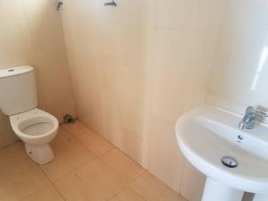 4 bedroom Semi Detached Duplex House for rent Lekki garden Horizon 2 estate by Meadow hall school Ikate Lekki Lagos