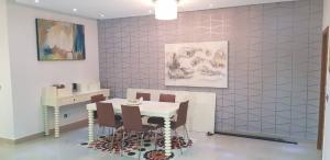 3 bedroom Flat / Apartment for shortlet Mosley Road off Gerard road Ikoyi Lagos