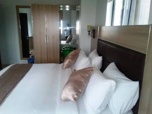 3 bedroom Flat / Apartment for shortlet Adeniyi Jones  Adeniyi Jones Ikeja Lagos