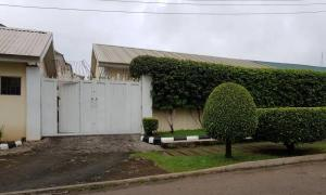 3 bedroom Detached Bungalow House for sale Close By Government School; Zone 6, Wuse 1 Abuja