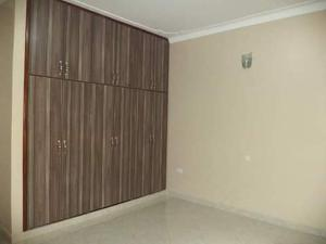 2 bedroom Blocks of Flats House for rent Folagoro Shomolu bajulaye Fola Agoro Yaba Lagos