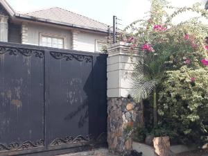 Detached House for sale behinde shoprite ikeja Alausa Ikeja Lagos