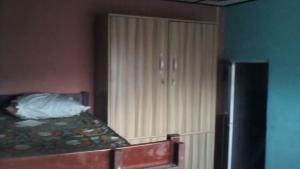 1 bedroom mini flat  Shared Apartment Flat / Apartment for rent close to unilag Akoka Yaba Lagos