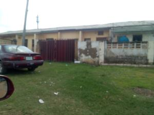 2 bedroom Semi Detached Bungalow House for sale Off IK supermarket road FHA Lugbe Lugbe Abuja