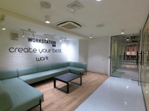 Conference Room Co working space for rent 350, 360 Ikorodu Road Maryland Lagos