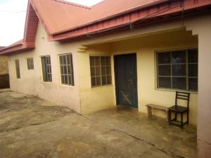 3 bedroom Blocks of Flats House for sale awotan area Apete Ibadan    Ibadan Oyo