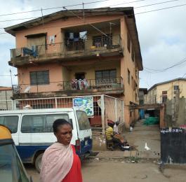 House for sale Olorunsogo street Mushin Lagos