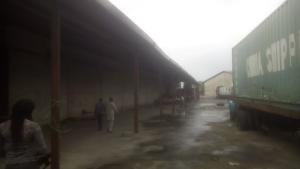 Warehouse Commercial Property for rent Mushin Mushin Lagos