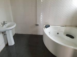 4 bedroom House for rent - Alausa Ikeja Lagos