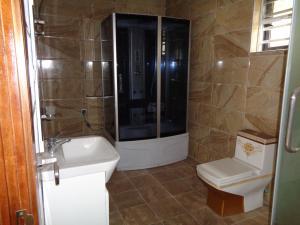 5 bedroom Detached Duplex House for sale Lekki County  chevron Lekki Lagos