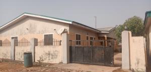 3 bedroom Flat / Apartment for sale Medium income Estate,Barnawa Kaduna Kaduna South Kaduna