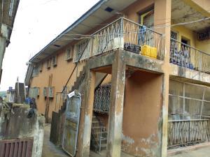 Shared Apartment Flat / Apartment for sale Oremeji Mokola  Ibadan Oyo