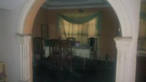 8 bedroom Detached Duplex House