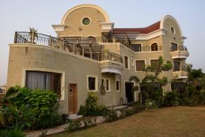 8 bedroom House for sale Banana highland Lagos. Banana Island Ikoyi Lagos