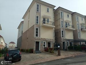 4 bedroom Massionette House