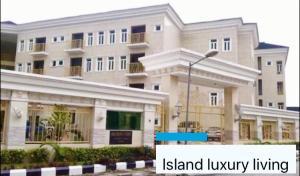 4 bedroom Penthouse Flat / Apartment for rent Off Alexander road Ikoyi Lagos