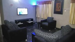 2 bedroom Flat / Apartment for shortlet Alade Street Obafemi Awolowo Way Ikeja Lagos