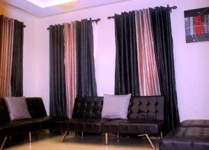 2 bedroom Studio Apartment Flat / Apartment for shortlet At Ikeja GRA Ikeja Lagos