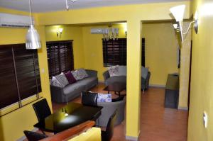 3 bedroom Shared Apartment Flat / Apartment for rent Ikeja gra Ikeja GRA Ikeja Lagos