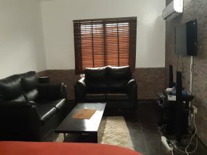 1 bedroom mini flat  Mini flat Flat / Apartment for rent Mabogunje ONIRU Victoria Island Lagos