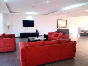 4 bedroom Flat / Apartment for shortlet by the Palms shopping mall ONIRU Victoria Island Lagos