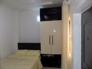 1 bedroom mini flat  Self Contain Flat / Apartment for shortlet - Ikate Lekki Lagos
