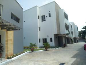 4 bedroom Terraced Duplex House for rent good street MacPherson Ikoyi Lagos