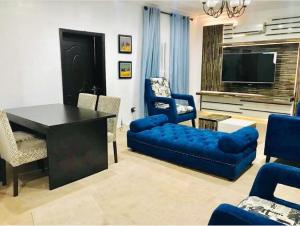 2 bedroom Mini flat Flat / Apartment for shortlet ondo street Banana Island Ikoyi Lagos