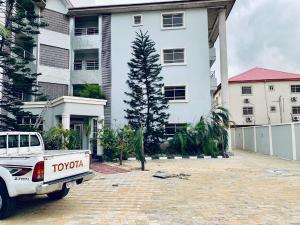 3 bedroom Flat / Apartment for rent Off Babatunde Anjous Street Lekki Phase 1 Lekki Lagos