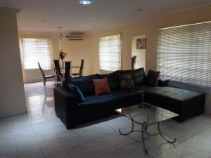 2 bedroom Flat / Apartment for rent Off Muri Okunola  Victoria Island Lagos - 4