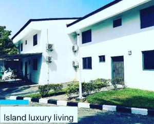 4 bedroom Semi Detached Duplex House for sale Eko Atlantic Victoria Island Lagos
