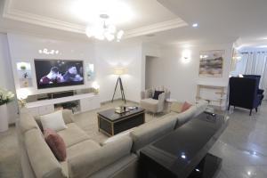 3 bedroom Flat / Apartment for shortlet Oniru ONIRU Victoria Island Lagos