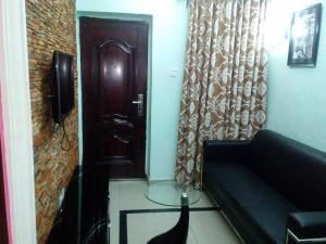 2 bedroom Flat / Apartment for shortlet Opebi Opebi Ikeja Lagos