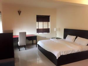 2 bedroom Flat / Apartment for shortlet Shonibare estate, maryland Shonibare Estate Maryland Lagos