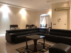 3 bedroom Self Contain Flat / Apartment for shortlet Elizabeth court  Parkview Estate Ikoyi Lagos