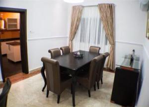 3 bedroom Flat / Apartment for rent . Victoria Island Lagos