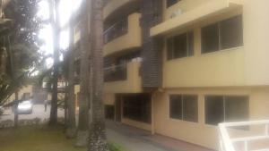 3 bedroom Blocks of Flats House for rent Gerard road Ikoyi Lagos
