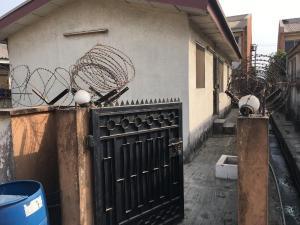 1 bedroom mini flat  Mini flat Flat / Apartment for rent Olanrewaju st Sabo Yaba Lagos