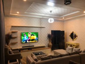 2 bedroom Mini flat Flat / Apartment for sale Cadastral Zone B06 Mabushi Abuja