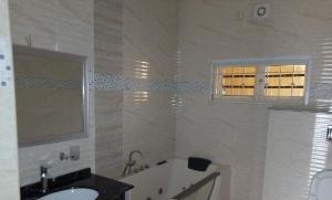 4 bedroom Terraced Duplex House for rent Off Gurara Crescent; Maitama Abuja