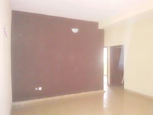 2 bedroom Blocks of Flats House for rent Oyewunmi street Ogunlana Surulere Lagos
