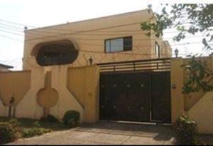 7 bedroom Detached Duplex House for sale G.R.A, Ogudu GRA Ogudu Lagos
